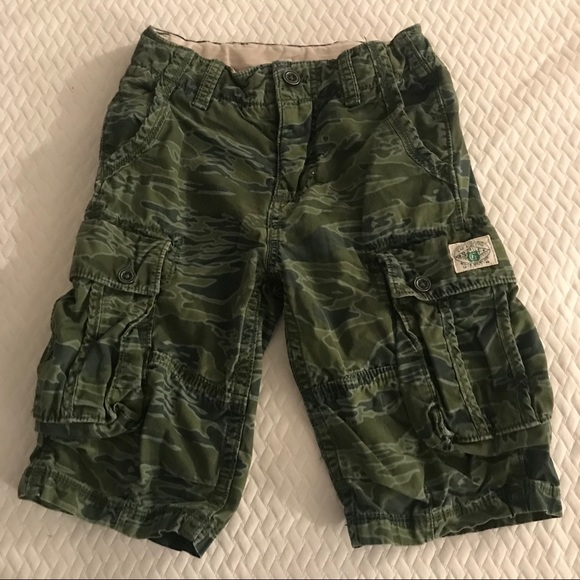 41199abd82 GAP Bottoms | Boys Camouflage Cargo Shorts Sz 8 | Poshmark